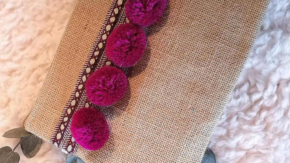 Pochette en toile de jute et pompons en laine VIOLET