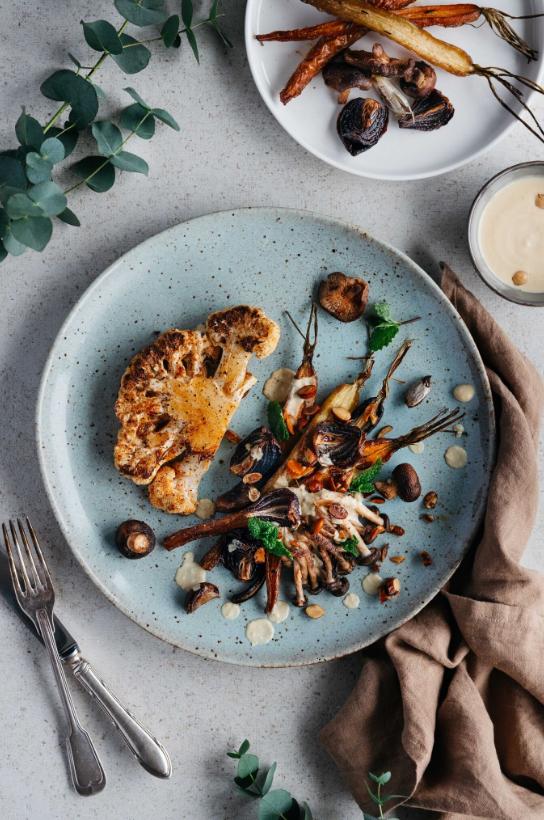 vegan dinner, cauliflower steak