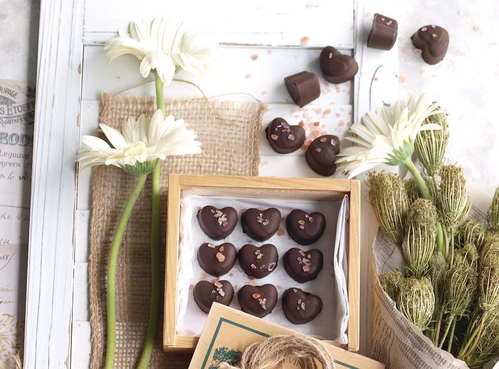 vegan chocolate, vegan caramel, vegan dessert