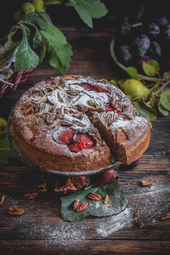 vegan cake, vegan plum cake