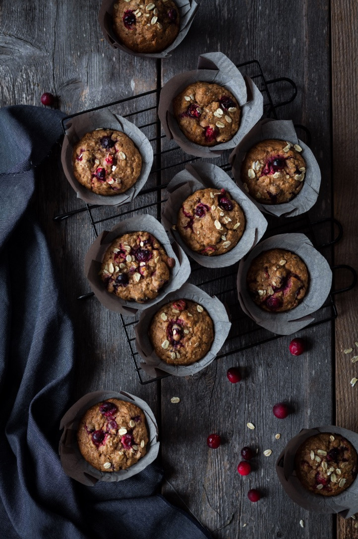 vegan muffin, cranberry muffin