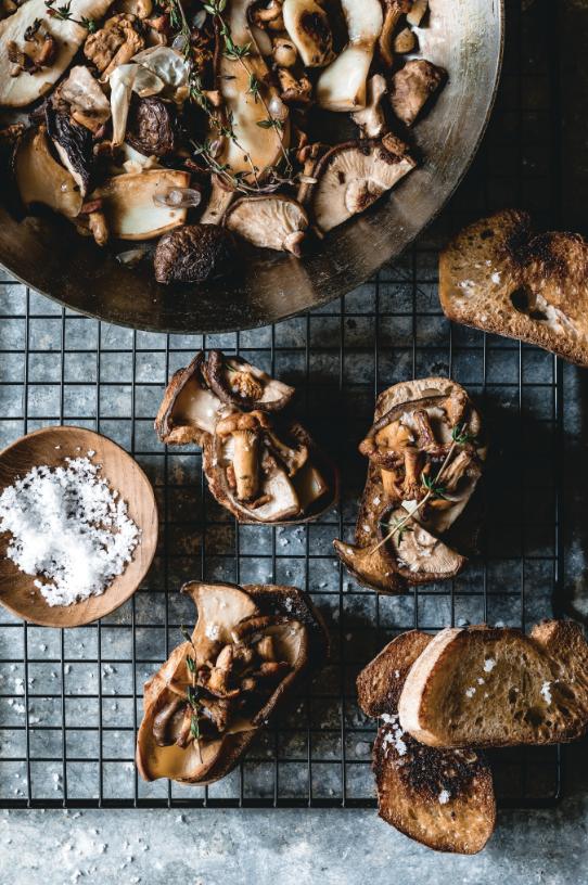 mushrooms, vegan recipe, crostini