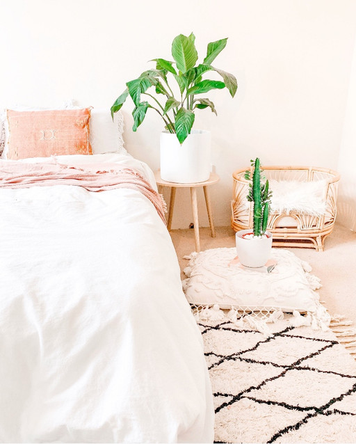My Coastal Boho: The Aussie Thrifted Bohemian Pad with Pops of Pink