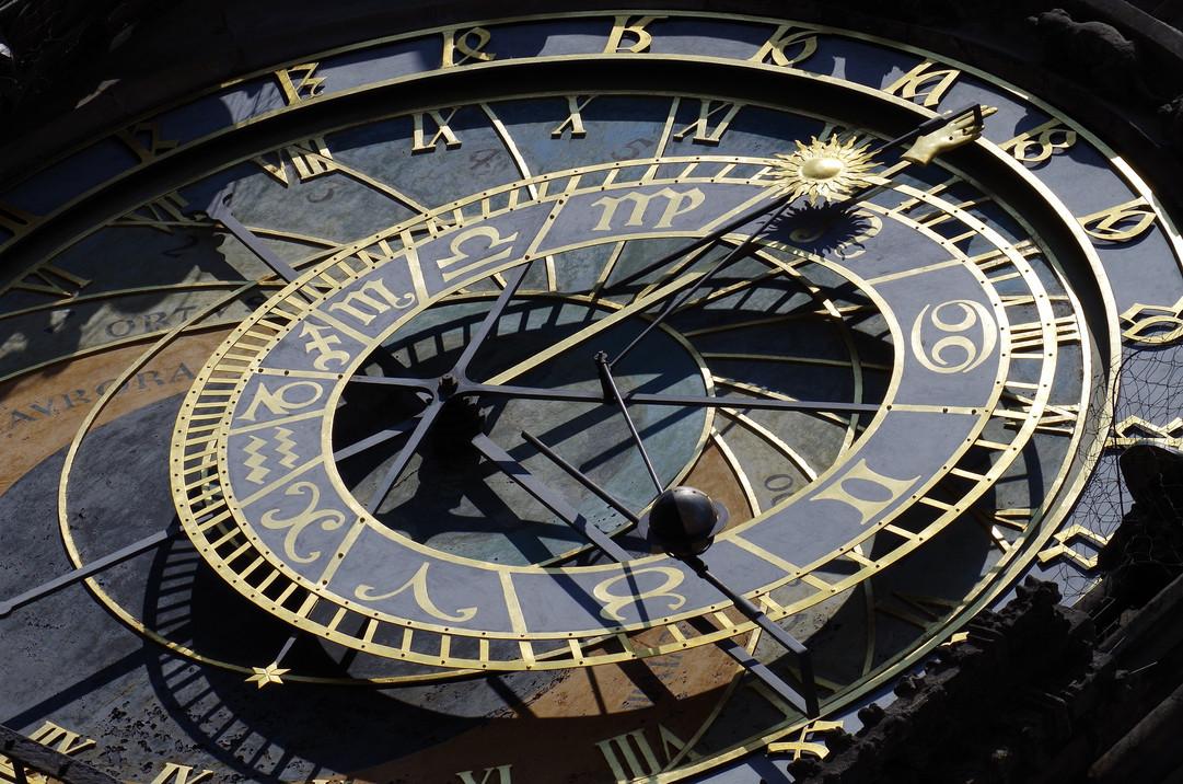 Prag Uhr .jpg