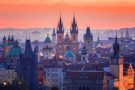Stadtbild Architektur Prag.jpg