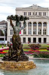 Riga Oper.jpg