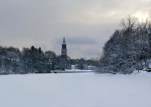 Turku Eis FLuss.jpg