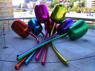 Bilbao Museum Guggenheim.jpg