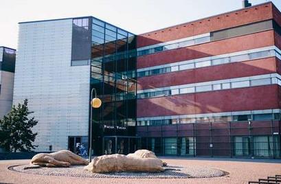 Uni Helsinki.jpg
