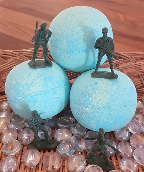 Toy Soldier Hidden Treasure Bath Bomb