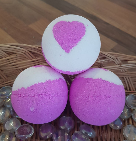 Love Dream Bath Bomb 120g
