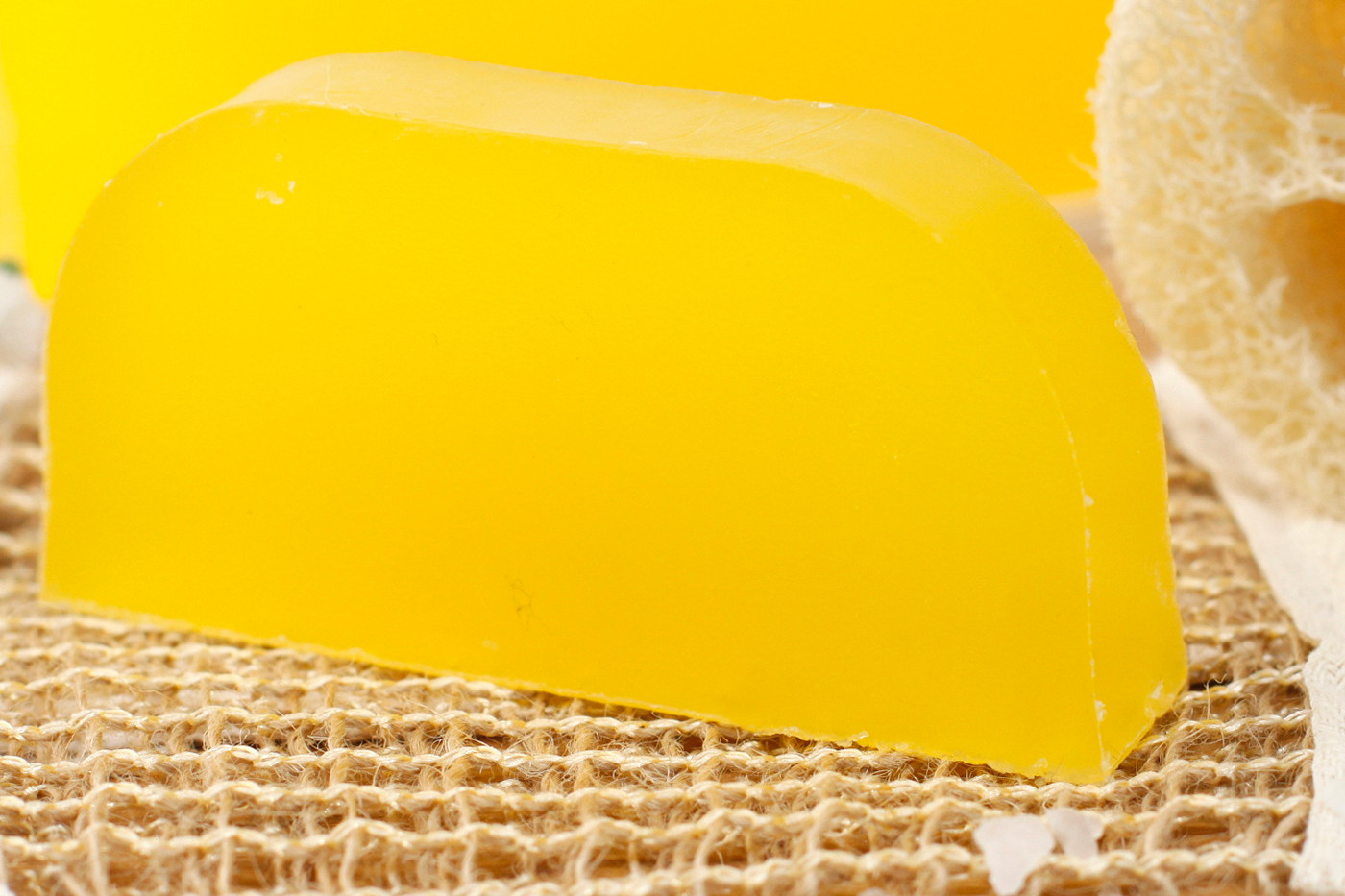 Chamomile & Lemon Solid Shampoo.jpg