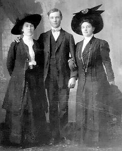 EDGARDO ANDREW con Ethel Andrew y Josey