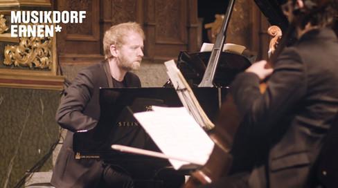 Musikdorf Ernen | Piano Concerto no. 1 'Hill Stanzas' | Alasdair Beatson