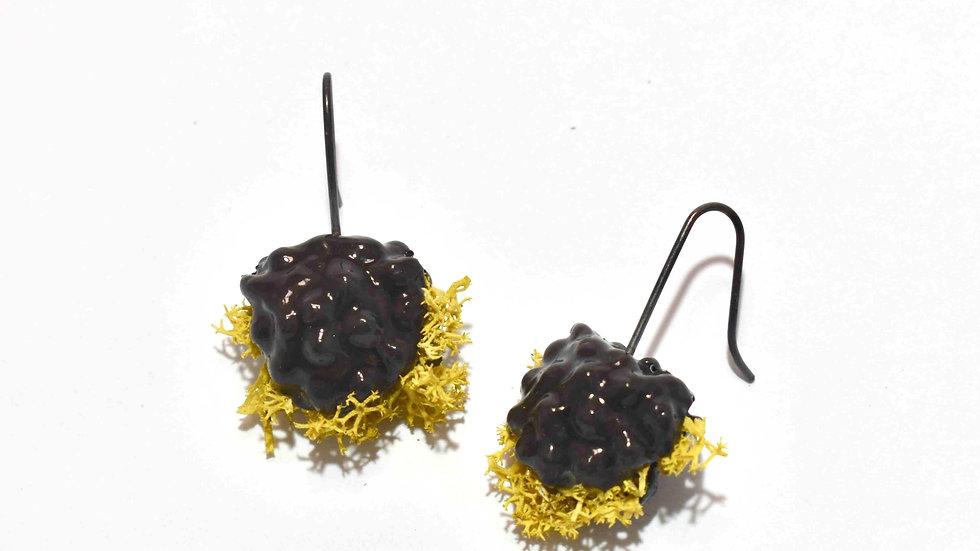 Egg Waffle Earrings - Black