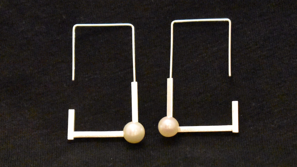 Pearl (Zyu1) Earrings 4A