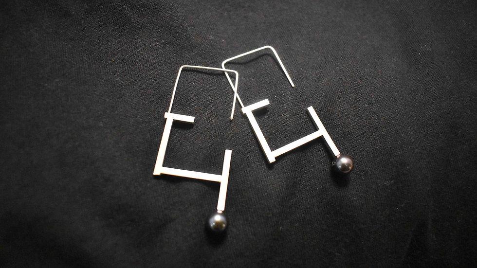 Pearl (Zyu1) Earrings 2