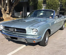 Ford Mustang convertible hire Melbourne.