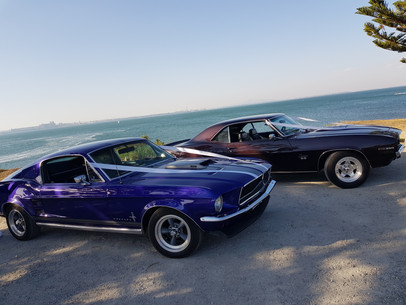 Hire classic cars for your wedding party