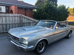 Classic 1965 Mustang Convertible for hire