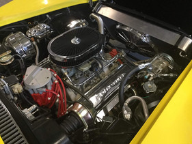 Engine bay 1972 Corvette Stingray