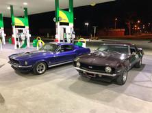 Drive classic cars in Melbourne.