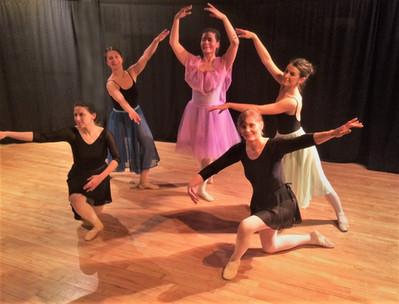 medium Adults Ballet pause Dec 18 IMG_81