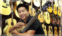 Hozen of Maestro Guitars Singapore