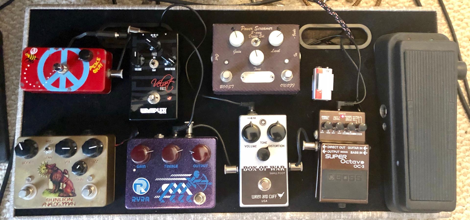 pedal board.jpg