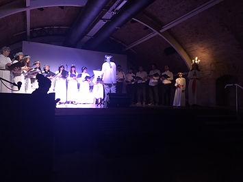 coro y lucia 2018.JPG