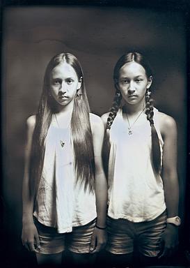Maira et Leona à 13 ans, Hiroshima, dagu