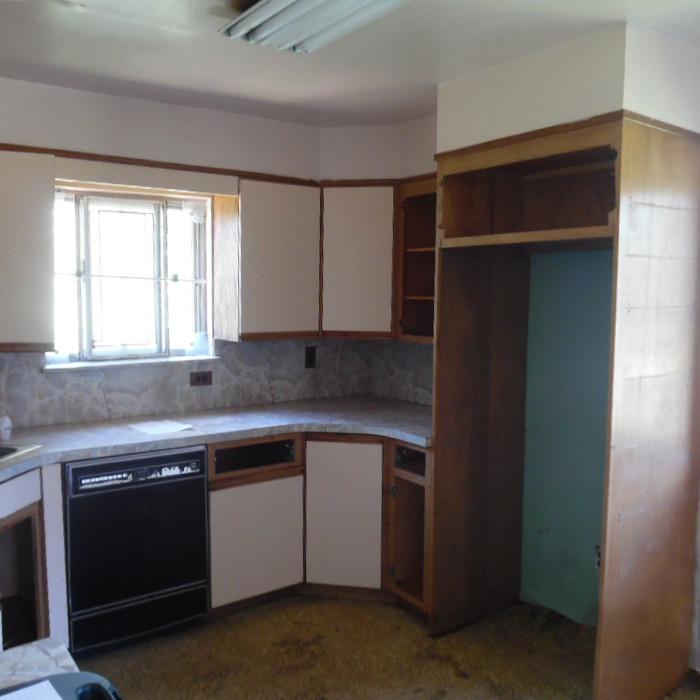 9 1356 Islip Before Kitchenb.jpg