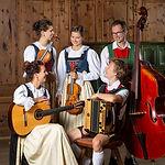 Waldauf_Familienmusik_52_edited.jpg