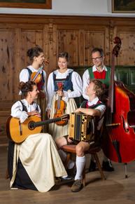 Waldauf_Familienmusik_3.jpg