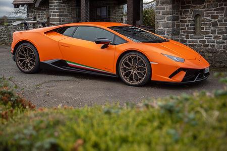 Lamborghini-11.jpg