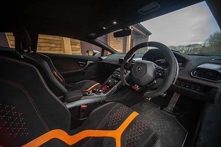 Lamborghini-9.jpg