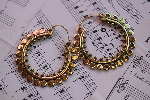 Circular hoops