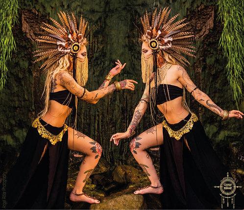 Valerus feather and chain headdress