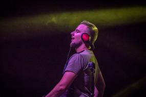 DJ DAVID MASH play music festival stage