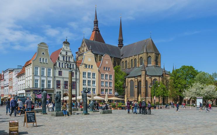 1600px-Rostock_asv2018-05_img38_NeuerMar