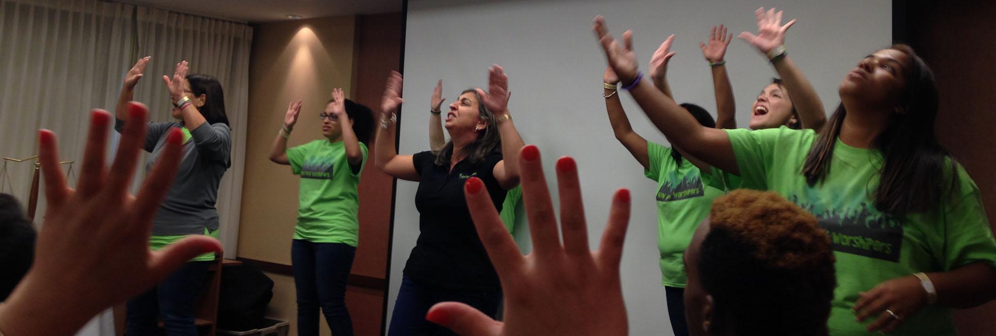 WORSHIPING SIGN LANGUAGE