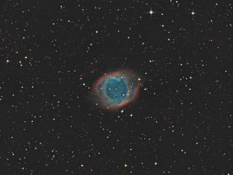 NGC 7293 - LA NÉBULEUSE DE L'HÉLICE, OU L'OEIL DE DIEU