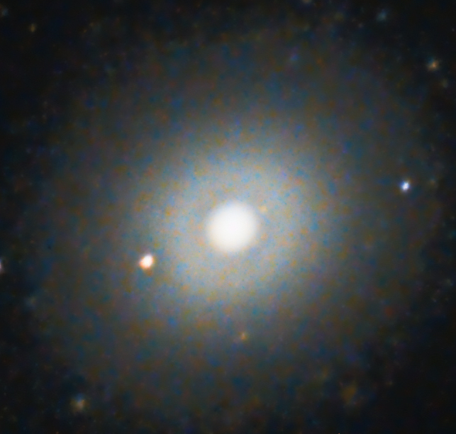 Messier 105 Galaxy in Leo, DSLR Astrophotography Canon T3i Orion Telescope