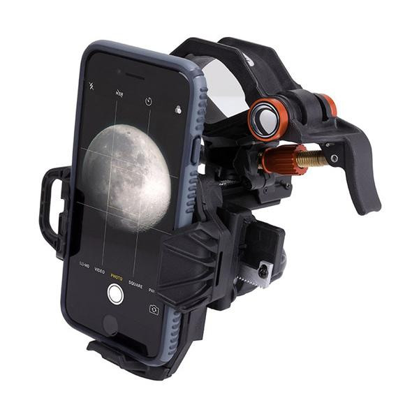 Celestron smartphone adapter to do astrophotography with a smartphone and a telescope or binoculars