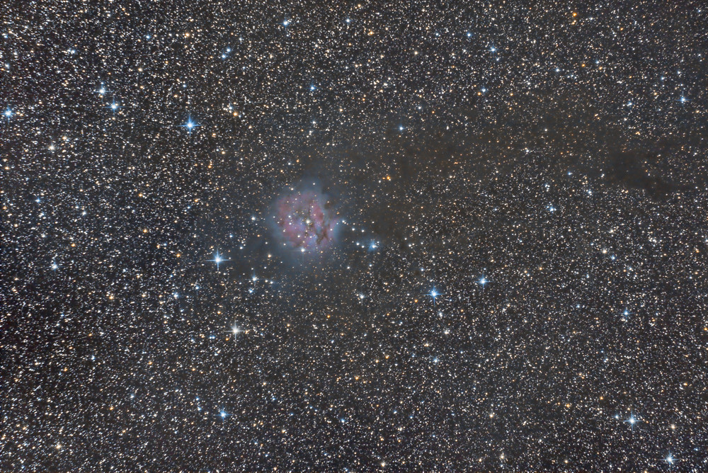 The Cocoon Nebula with an unmodified DSLR Camera