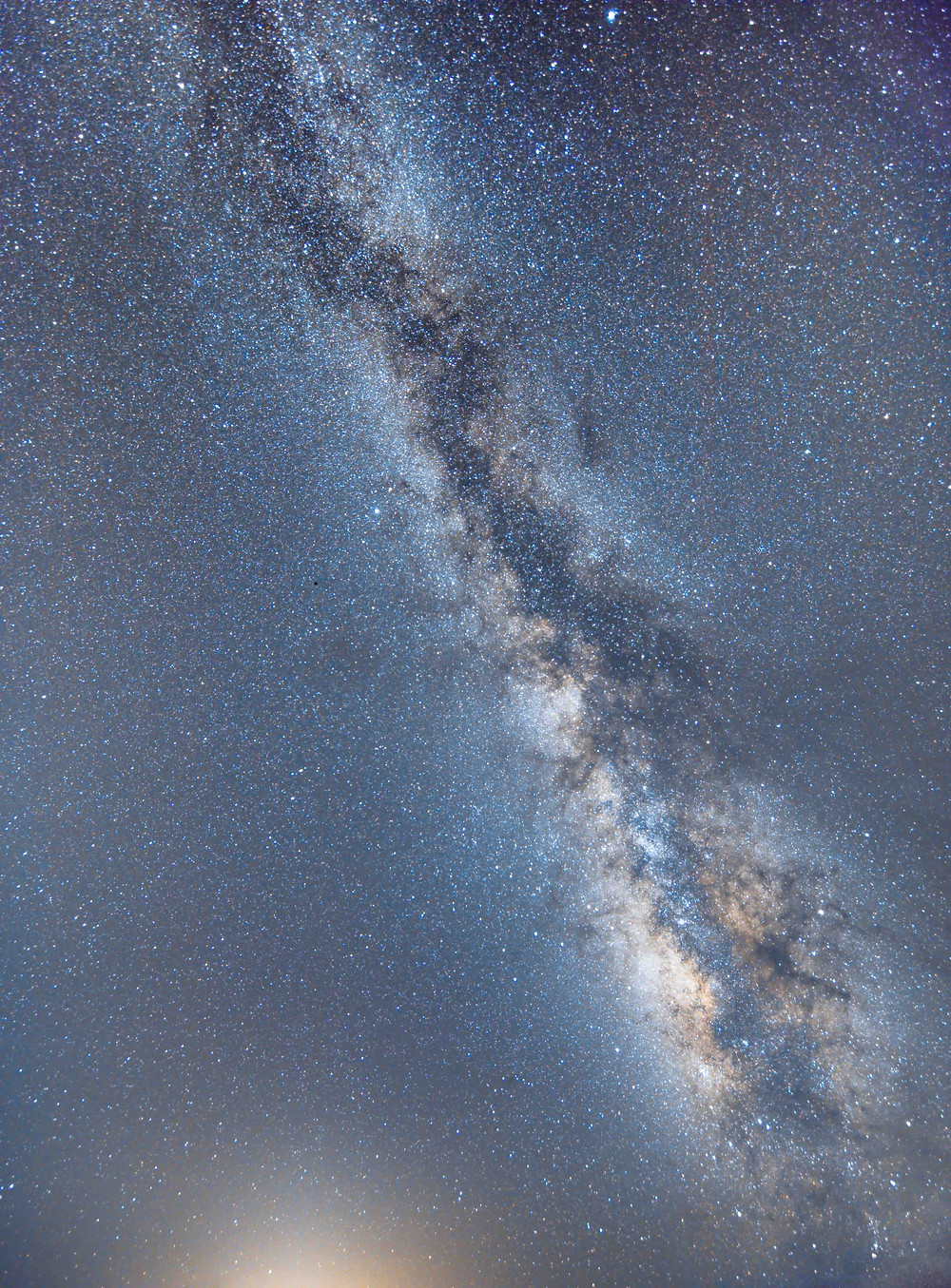 Milky Way photography with a Canon 7D Mark II and a 10MM Rokinon lens, Nevada desert