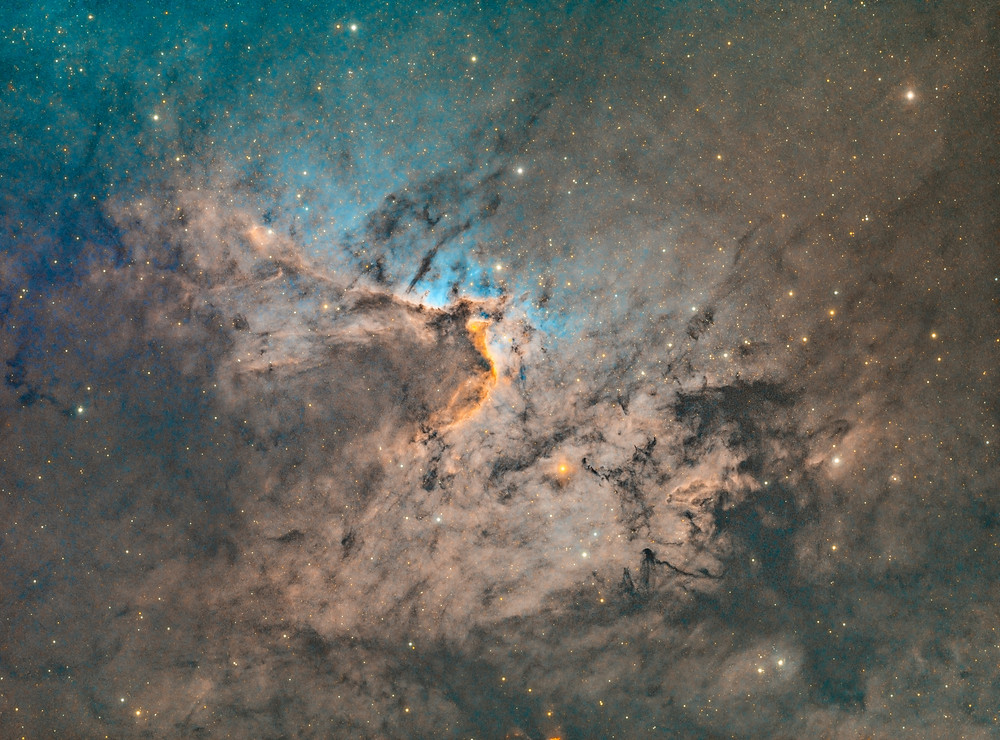 Sh2-155 Astrophotography in narrowband using the Stellarvue SVX130 and the ZWO ASI 1600MM