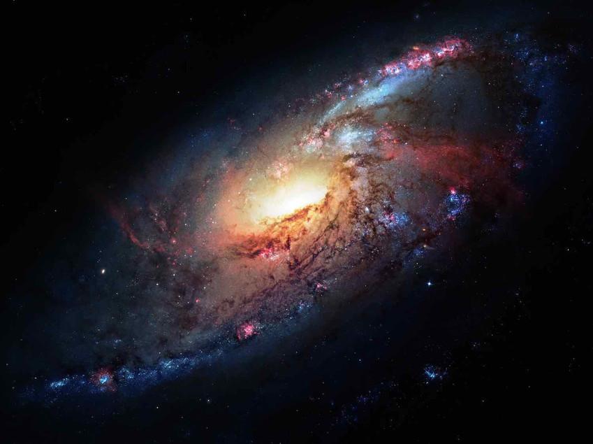 M106 Hubble Space Telescope
