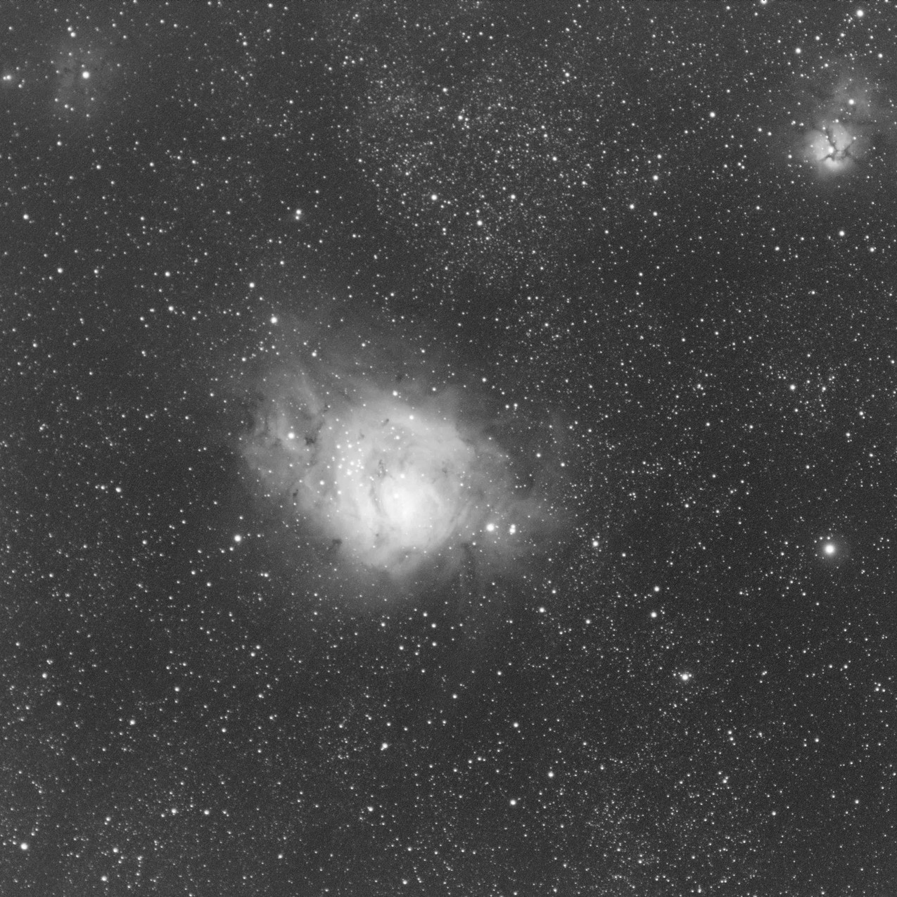 M20 the trifid nebula single shot of 3 minutes with a ZWO ASI 1600MM-pro CMOS Astrophotography camera and Meade 70mm APO Astrograph telescope - Oxygen III narrowband