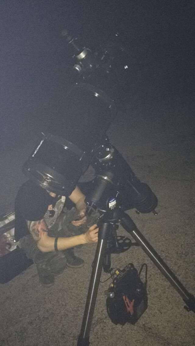 Telescope and mount in the dark